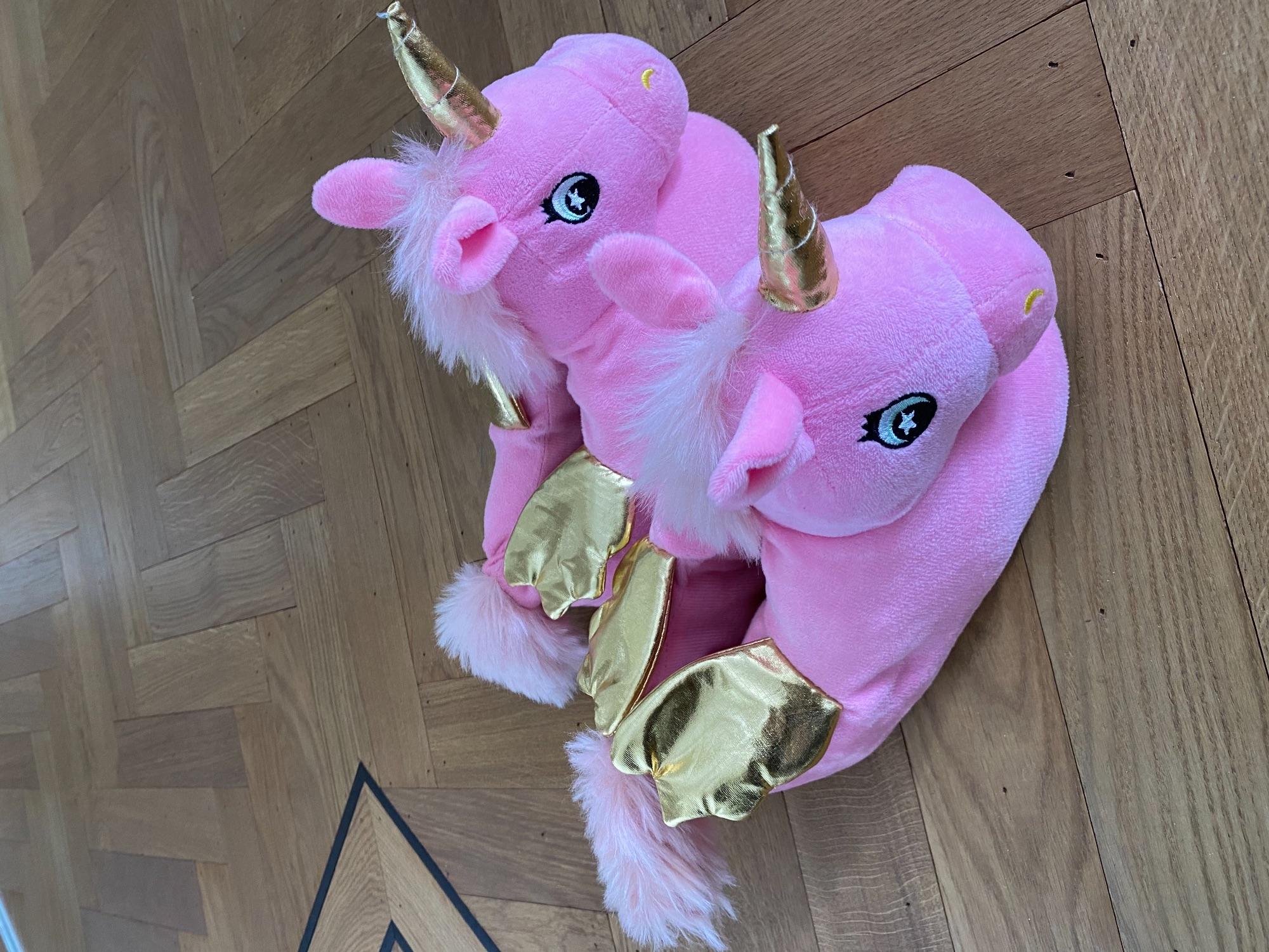 Roze unicorn sloffen mt 34/35
