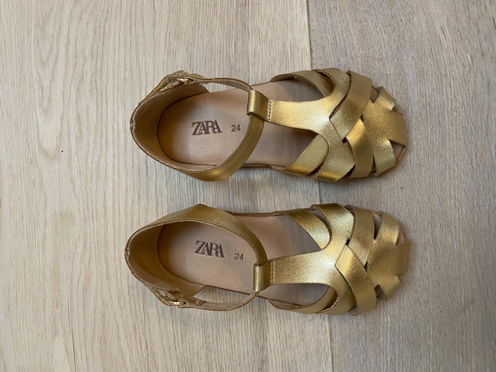 Gouden sandaaltjes van Zara maat 24