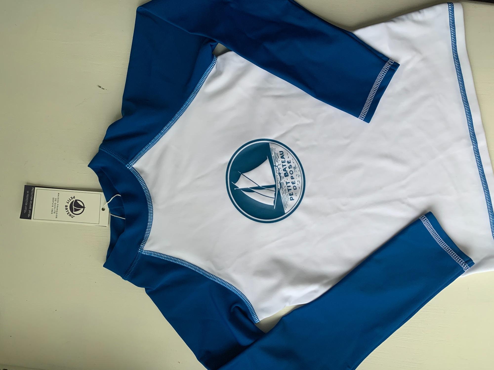 Nieuw: Petit Bateau UV zwem shirtje
