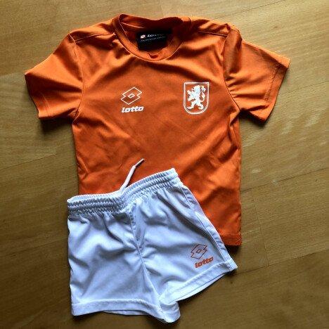 Voetbal tenue NL elftal - maat 104