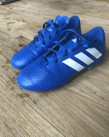 Adidas voetbalschoenen maat 30