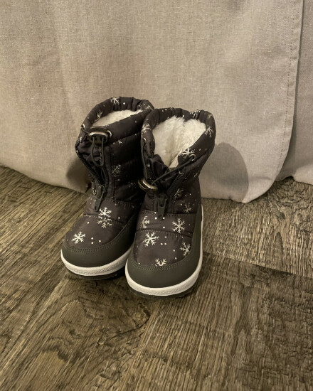 Snow boots maat 24