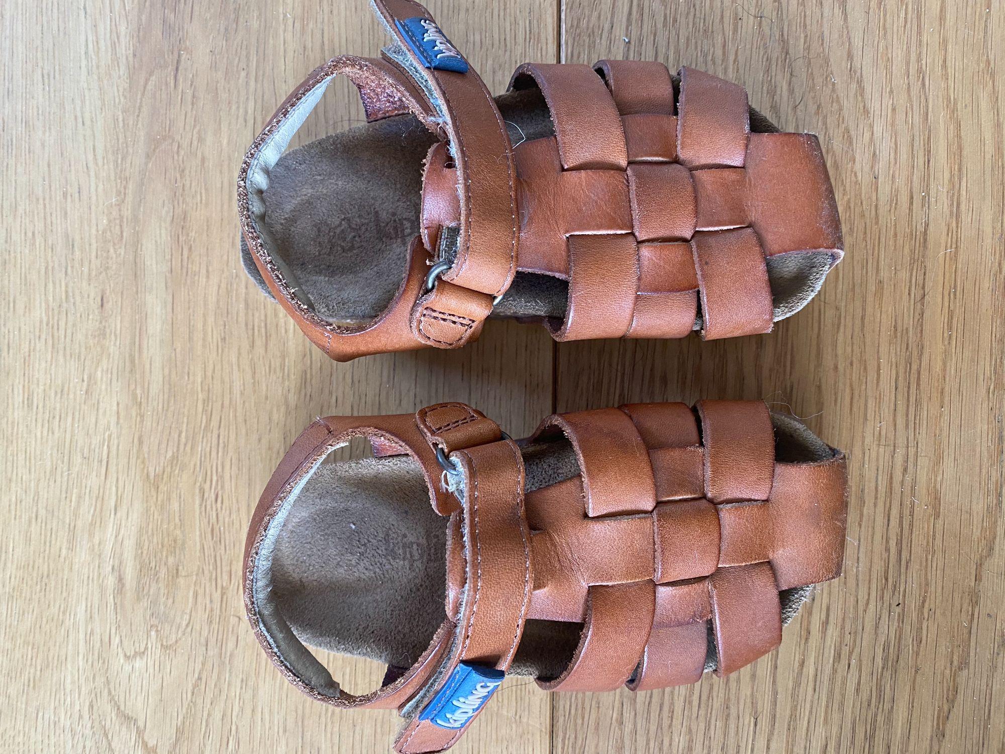 Kipling sandaal maat 24